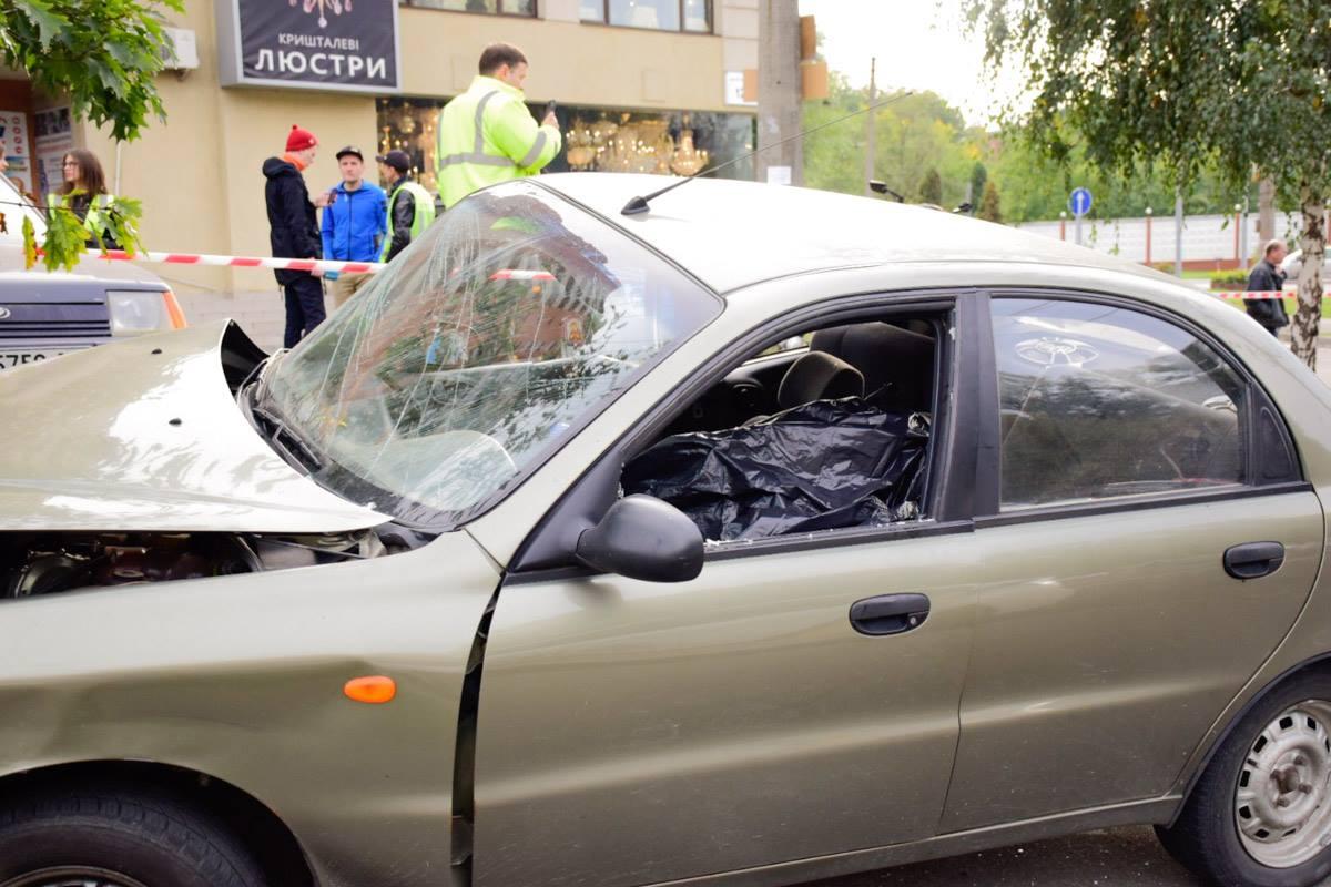 Напр.Лобановского вДТП моментально умер непристегнутый шофёр