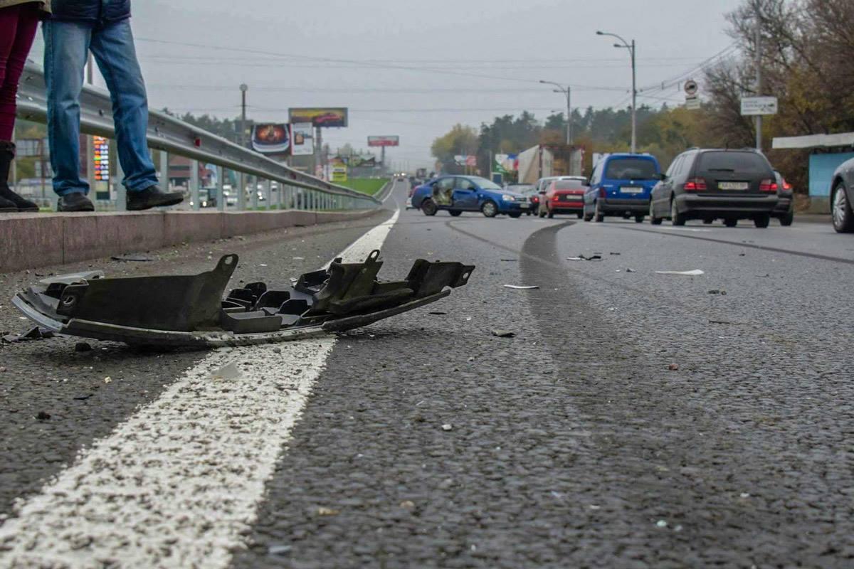 Из-за аварии на Большой окружной дороге образовалась тянучка