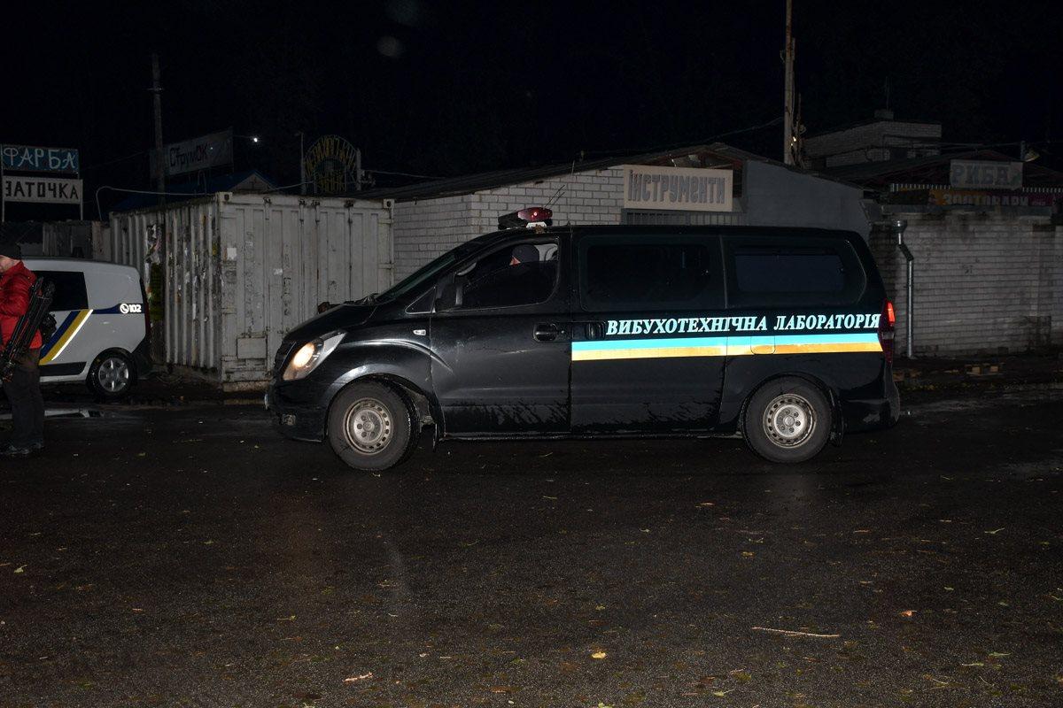 На место убийства Окуевой прибыли взрывотехники