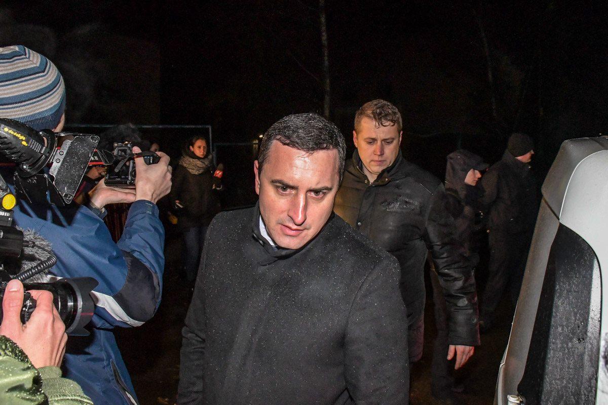 На место происшествия прибыл прокурор Киевской области Дмитрий Чибисов