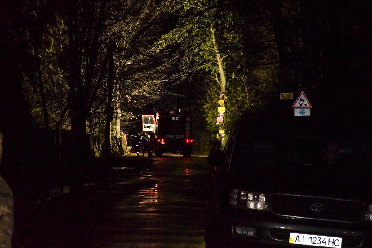 В поселке Глеваха Киевской области расстреляли авто Амины Окуевой