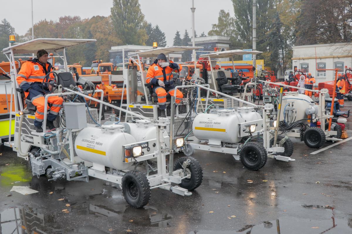 17 единиц техники привезены из Германии
