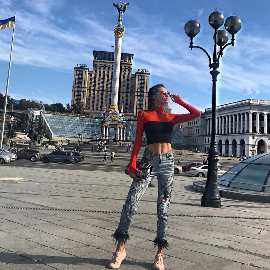Алина Байкова на Майдане в Киеве