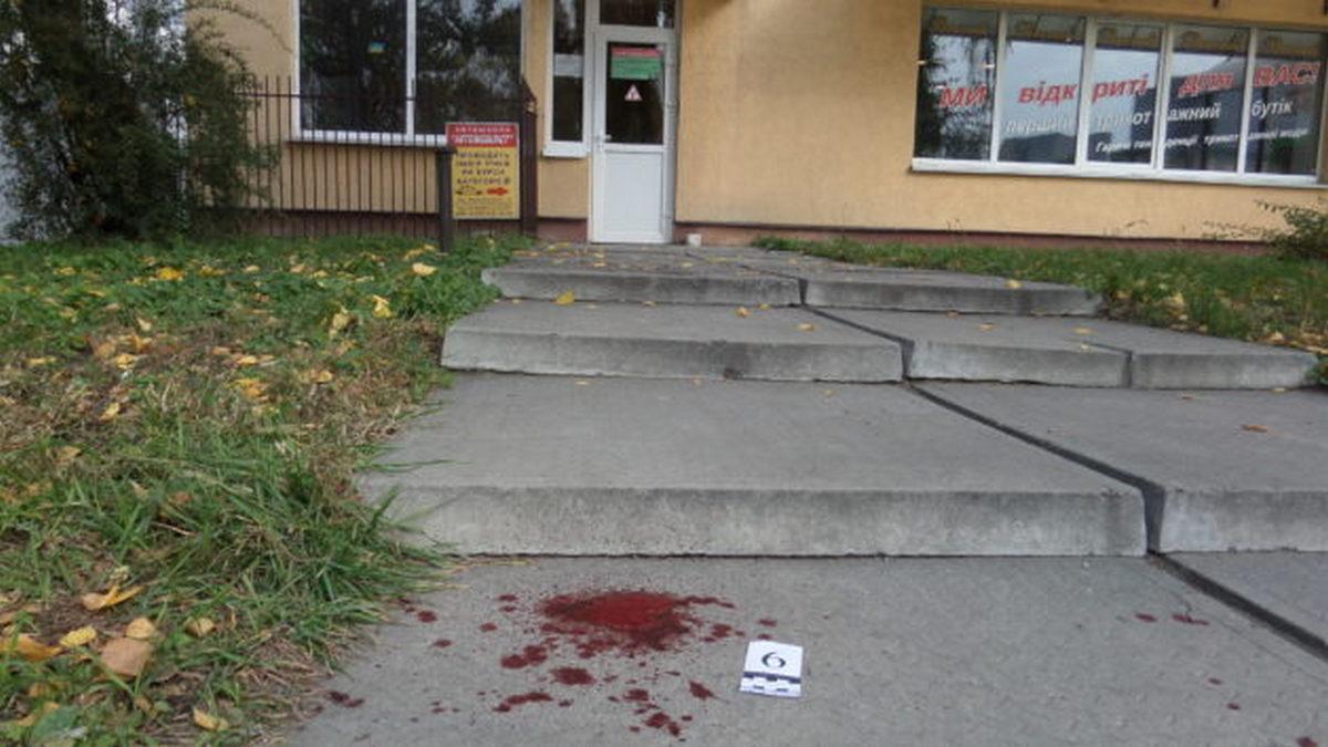 Возле ночного клуба убили атошника