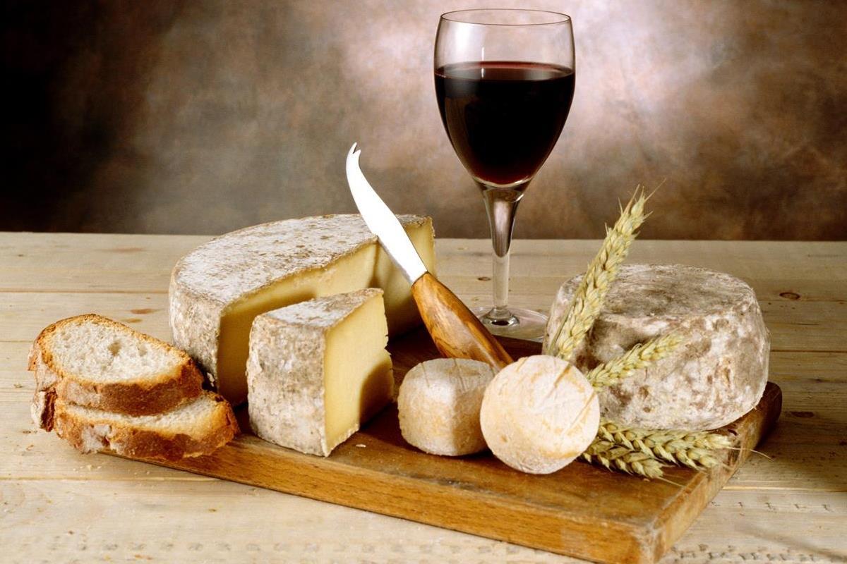Фестиваль сыра и вина