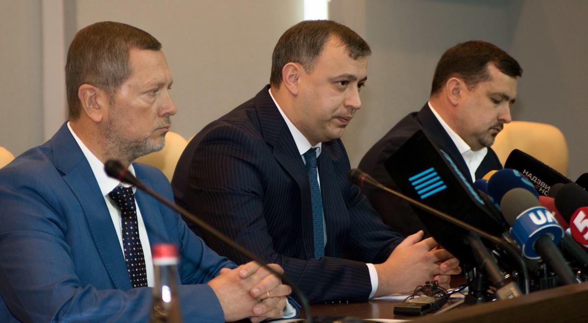 Руководители столичной прокуратуры и СБУ рассказали об основных версиях взрыва на Соломенке