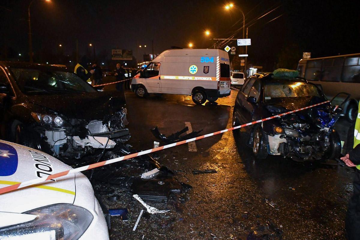 Трагическую авария на Берковцах обсуждают уже третий день