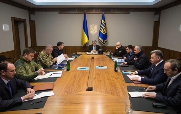 Президент Петр Порошенко провел Военный кабинет