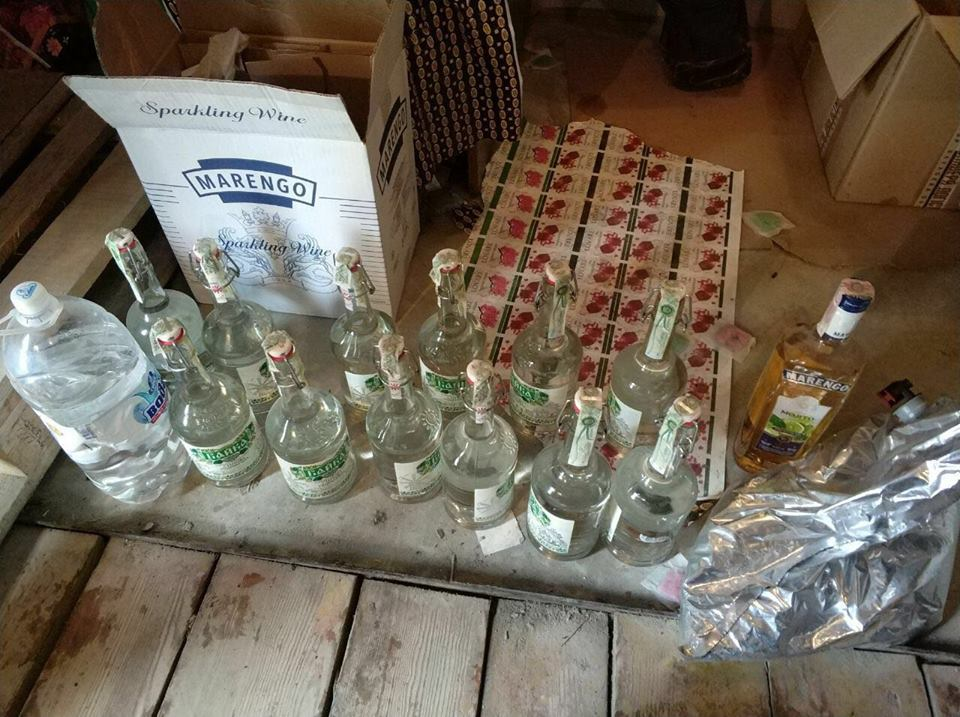 Правоохранители изъяли 20 тонн спирта и 6 тонн поддельной водки