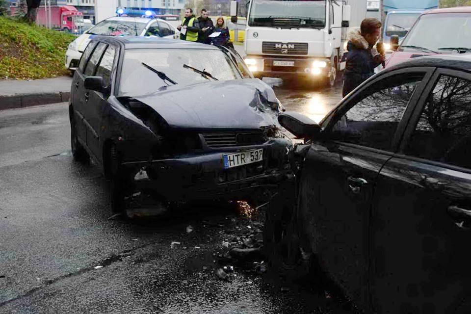 Volkswagen с еврорегистрацией столкнулся сKia