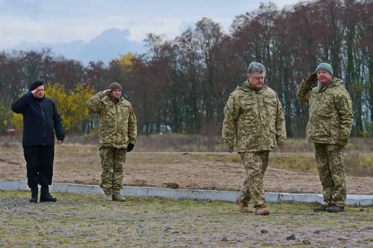 Украинский Президент остался доволен украинской артиллерией