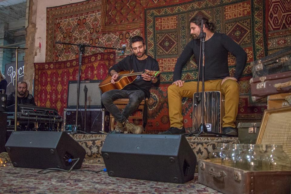 «Квартирник» с живой музыкой