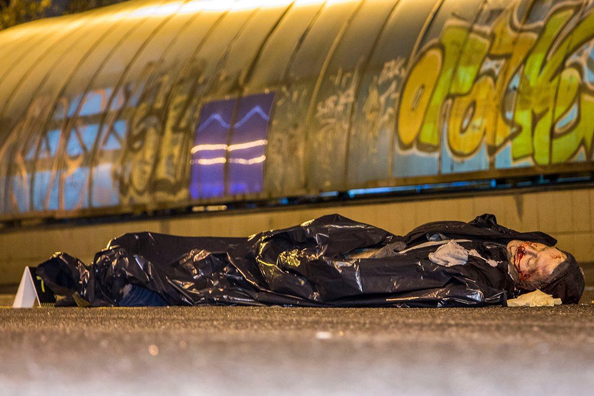 ВКиеве под колеса авто попал пешеход-нарушитель