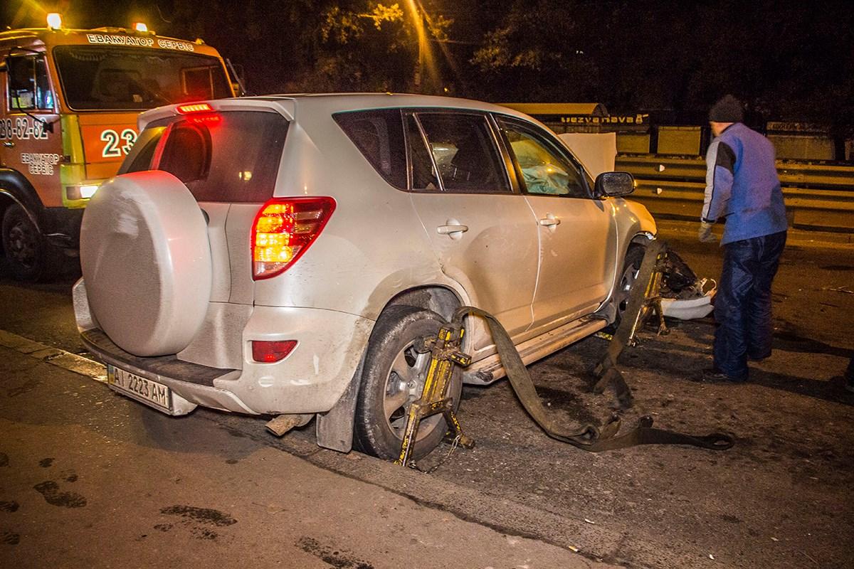 Мало того, что водитель авто был несовершеннолетним, за руль он сел в состоянии алкогольного опьянения