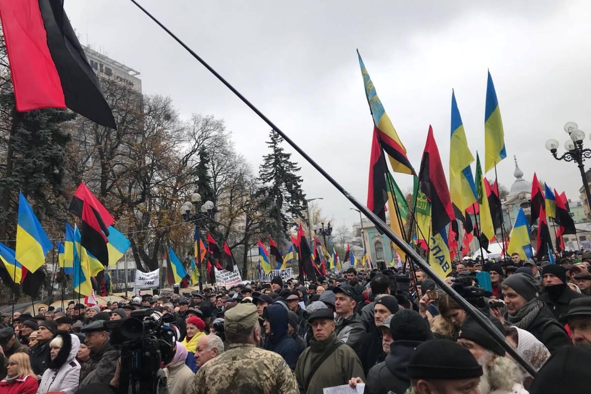 Саакашвили пообещал провести «марш миллионов» вКиеве