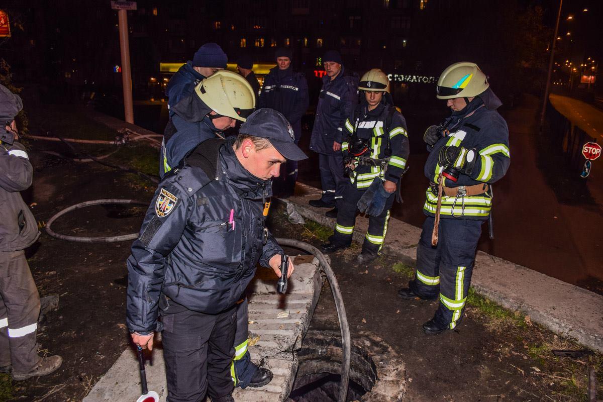 На месте инцидента были как пожарные, так и полиция