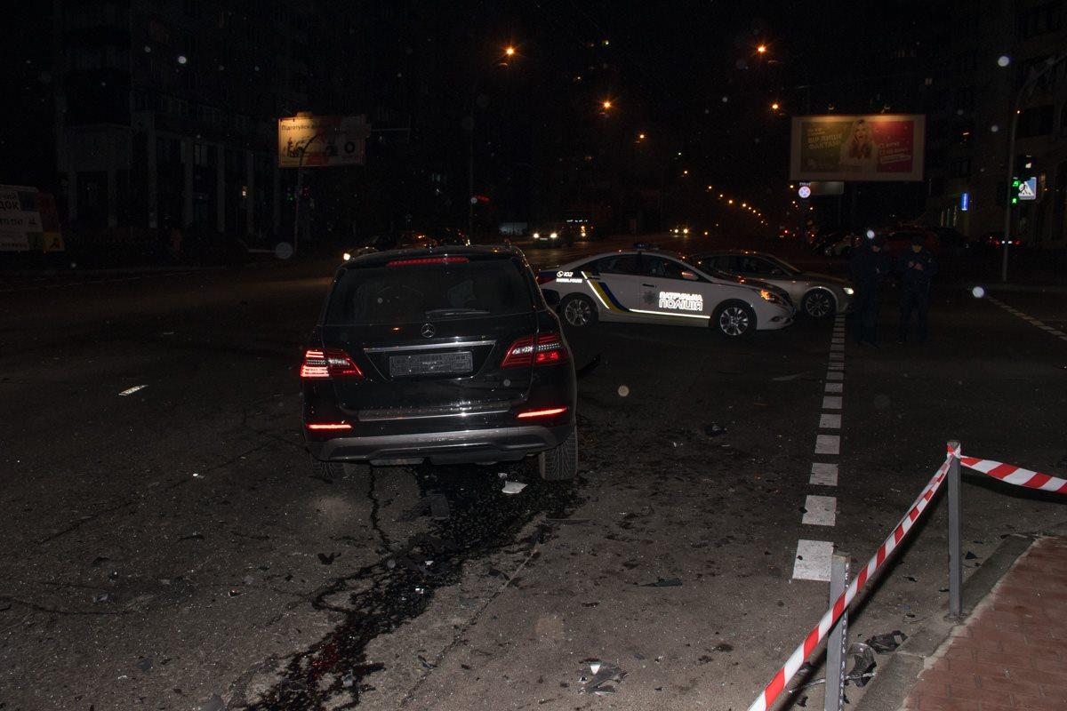 Полиция огородила место аварии