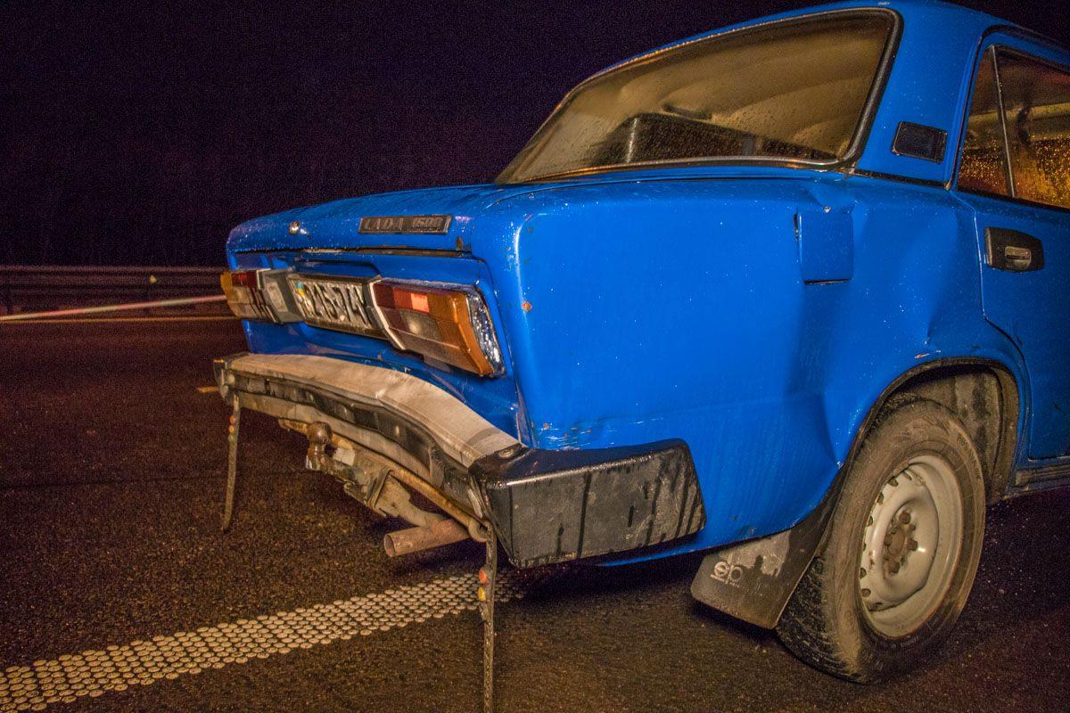 Зажало между машинами: вКиеве случилось жуткое ДТП смножеством пострадавших