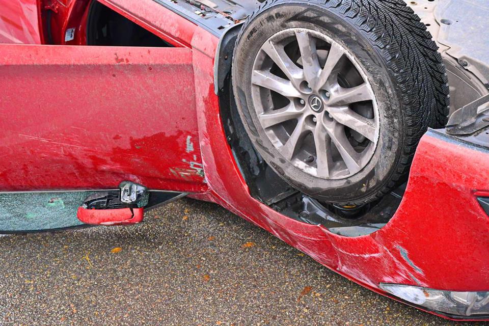Автомобиль сильно разбит