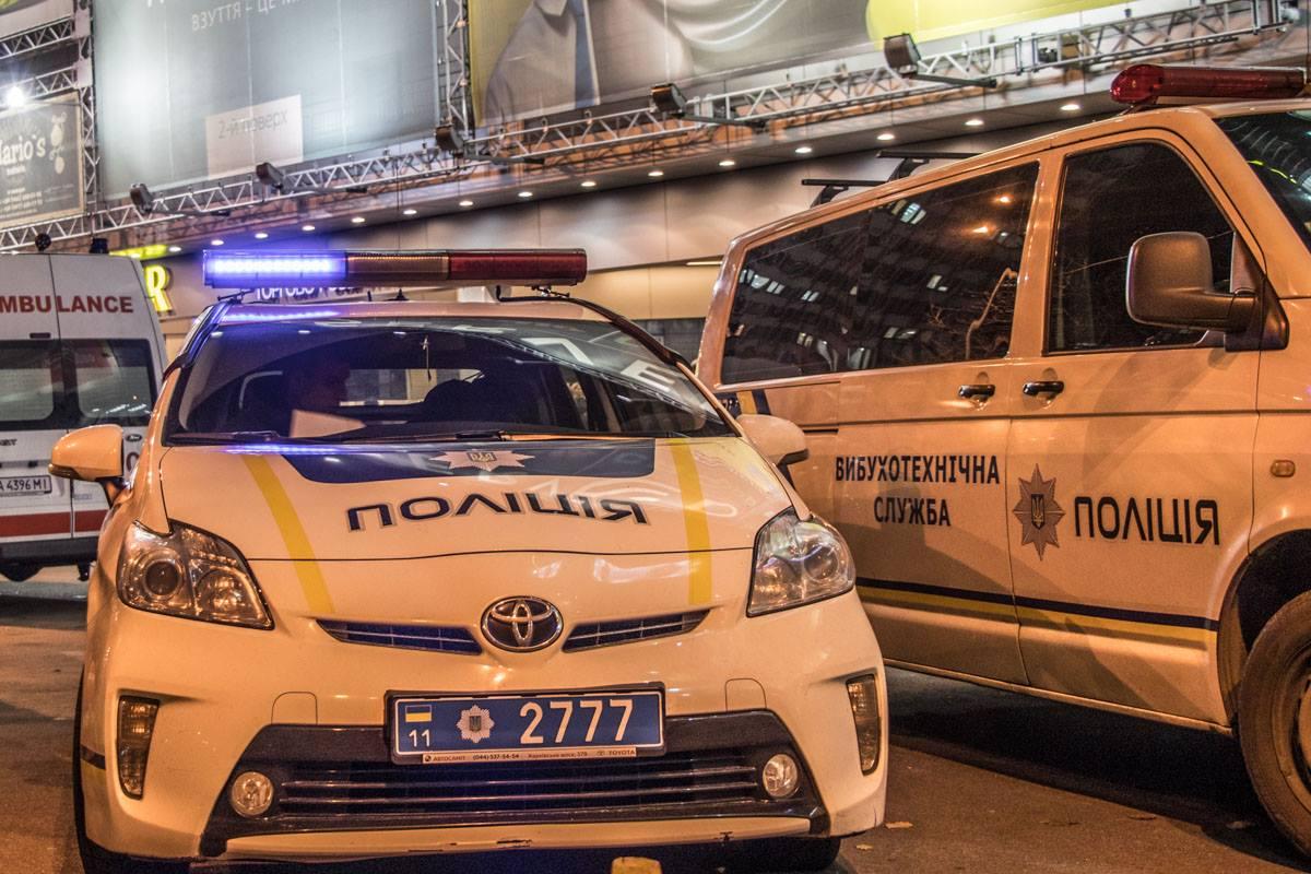 """На место возможного места """"минирования"""" прибыла патрульная полиция"""