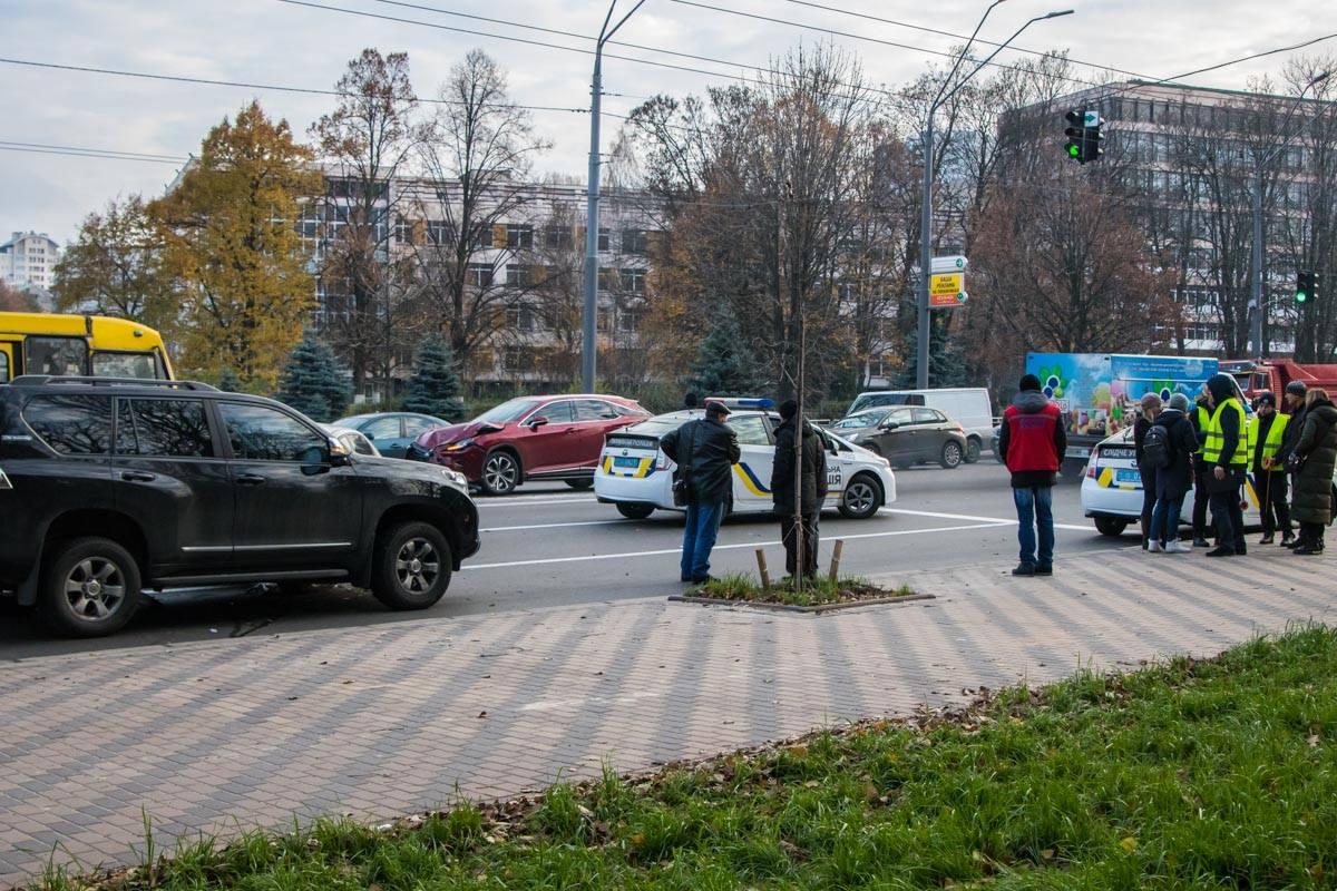 Из-за аварии движение в сторону Севастопольской площади было затруднено