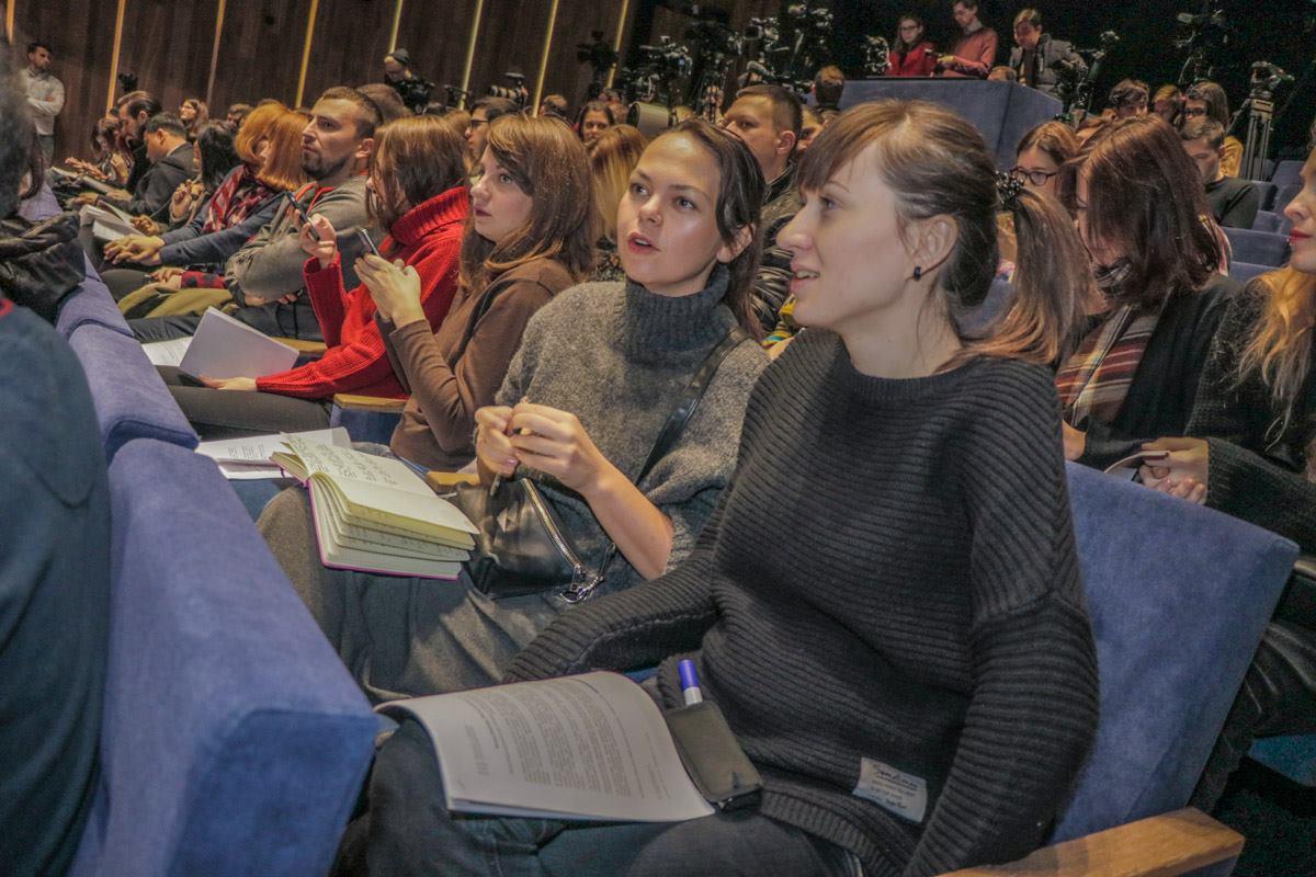 На встречу с культовым режиссером пришли журналисты и фанаты