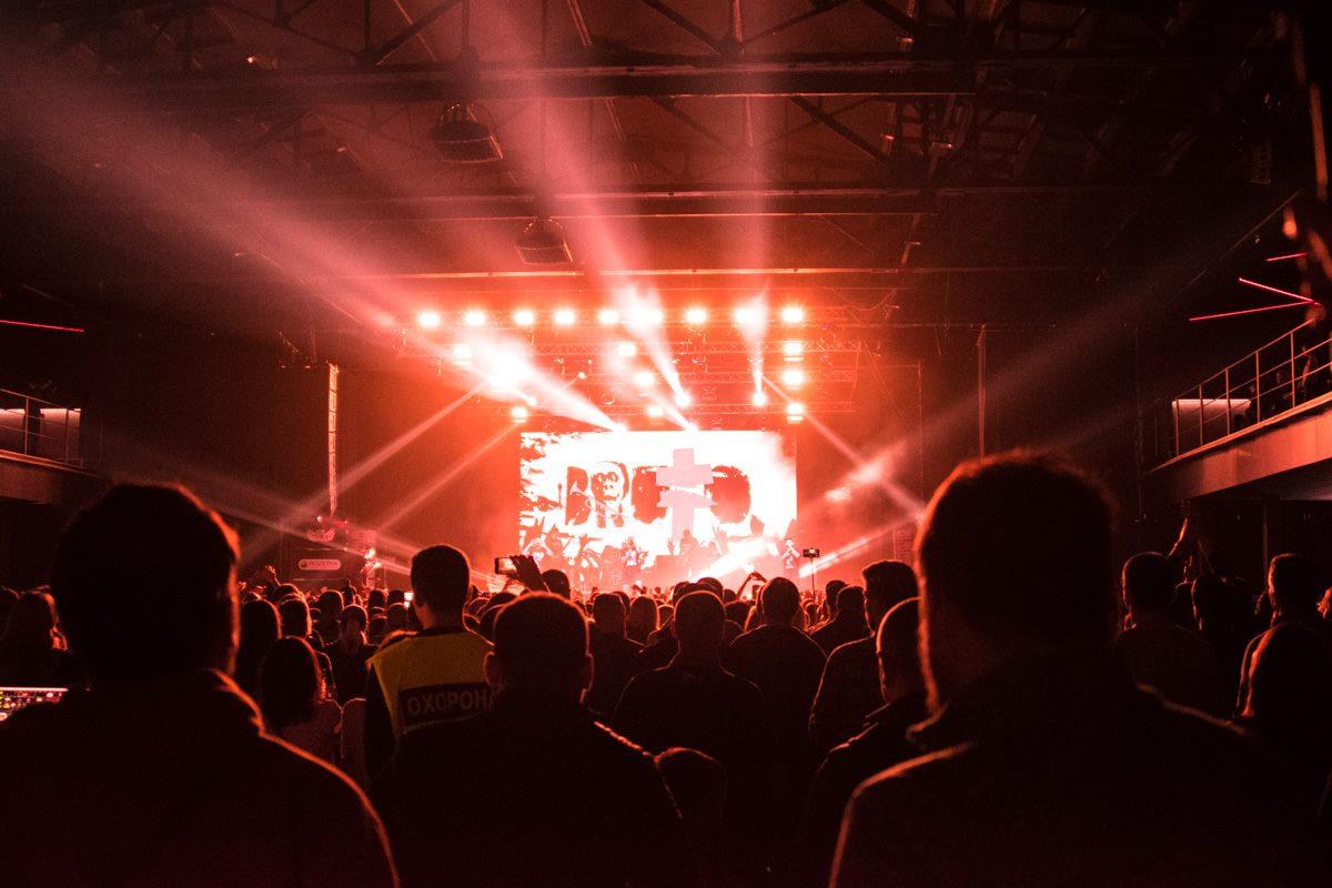 Свет на шоу бы на таком же высоком качестве, как и звуковое сопровоздение
