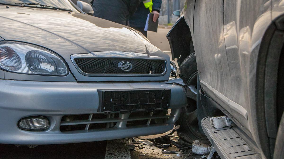 Водители Lexus и Toyota не пострадали