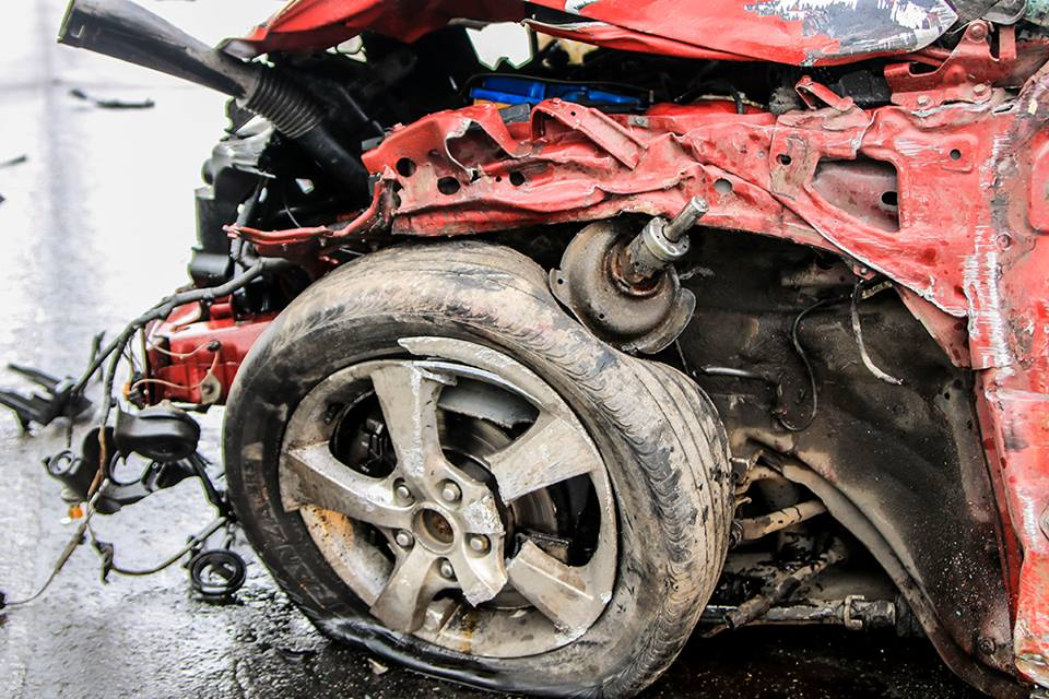 В Mazda также был пассажир - девушка, к счастью она не пострадала