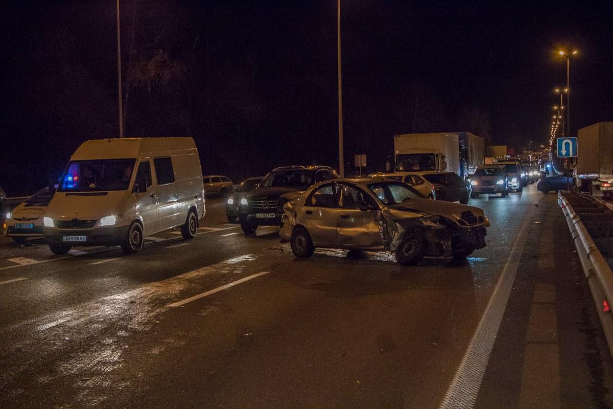 Авария произошла на трассе Житомир-Киев