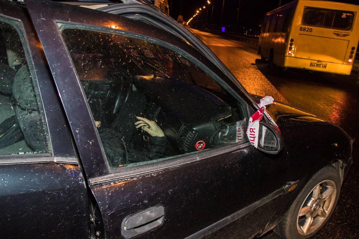 Водитель скончался в авто