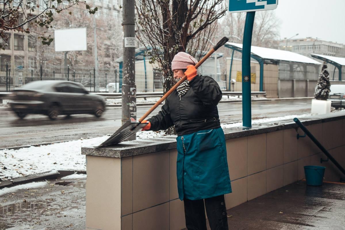 Кому-то снег в радость, а кому-то в тяжесть