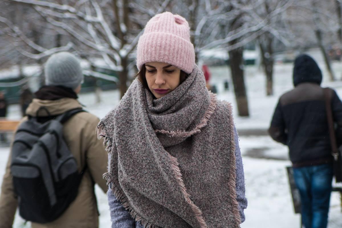 Украинские девушки красивые даже в шапках и укутанные шарфами
