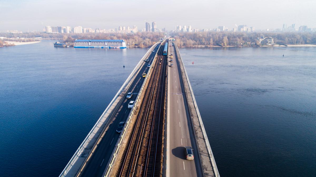 Мост Метро открыли5 ноября1965года