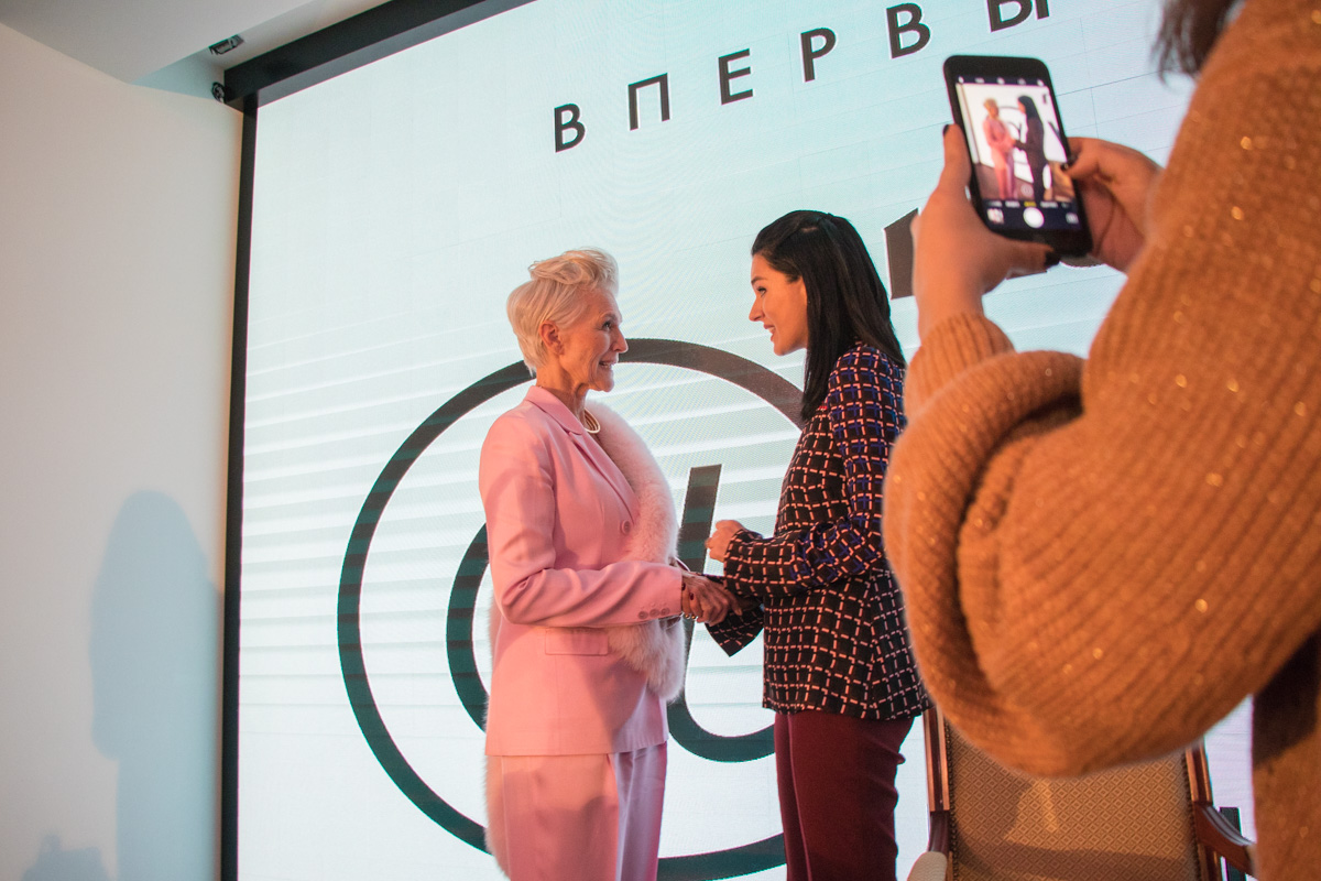 Мэй Маск и украинская телеведущая Маша Ефросинина