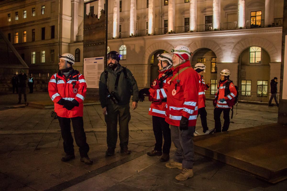 На Майдане дежурят и медики