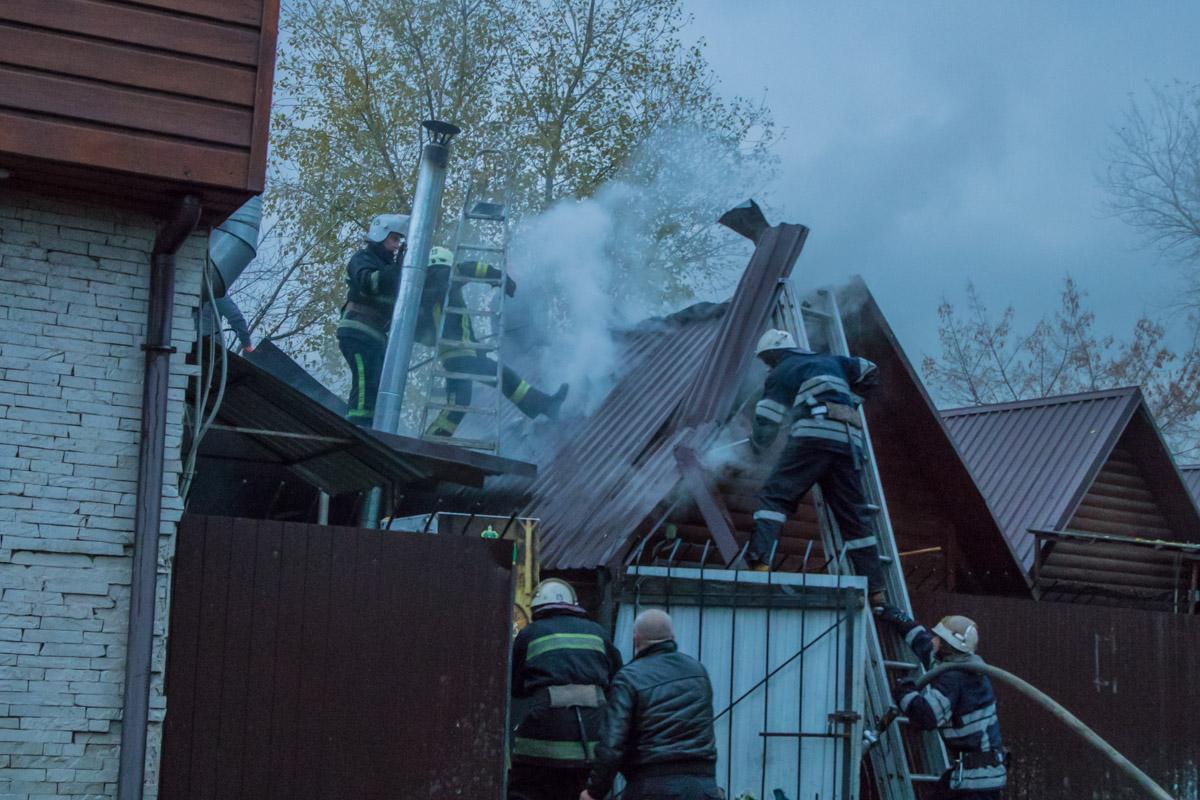 В Киеве загорелась баня