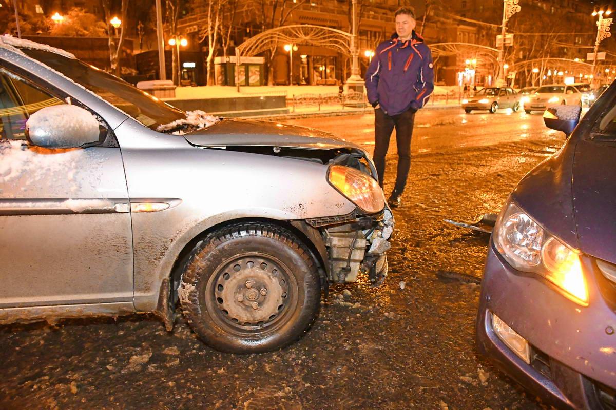 В аварии пострадали только автомобили