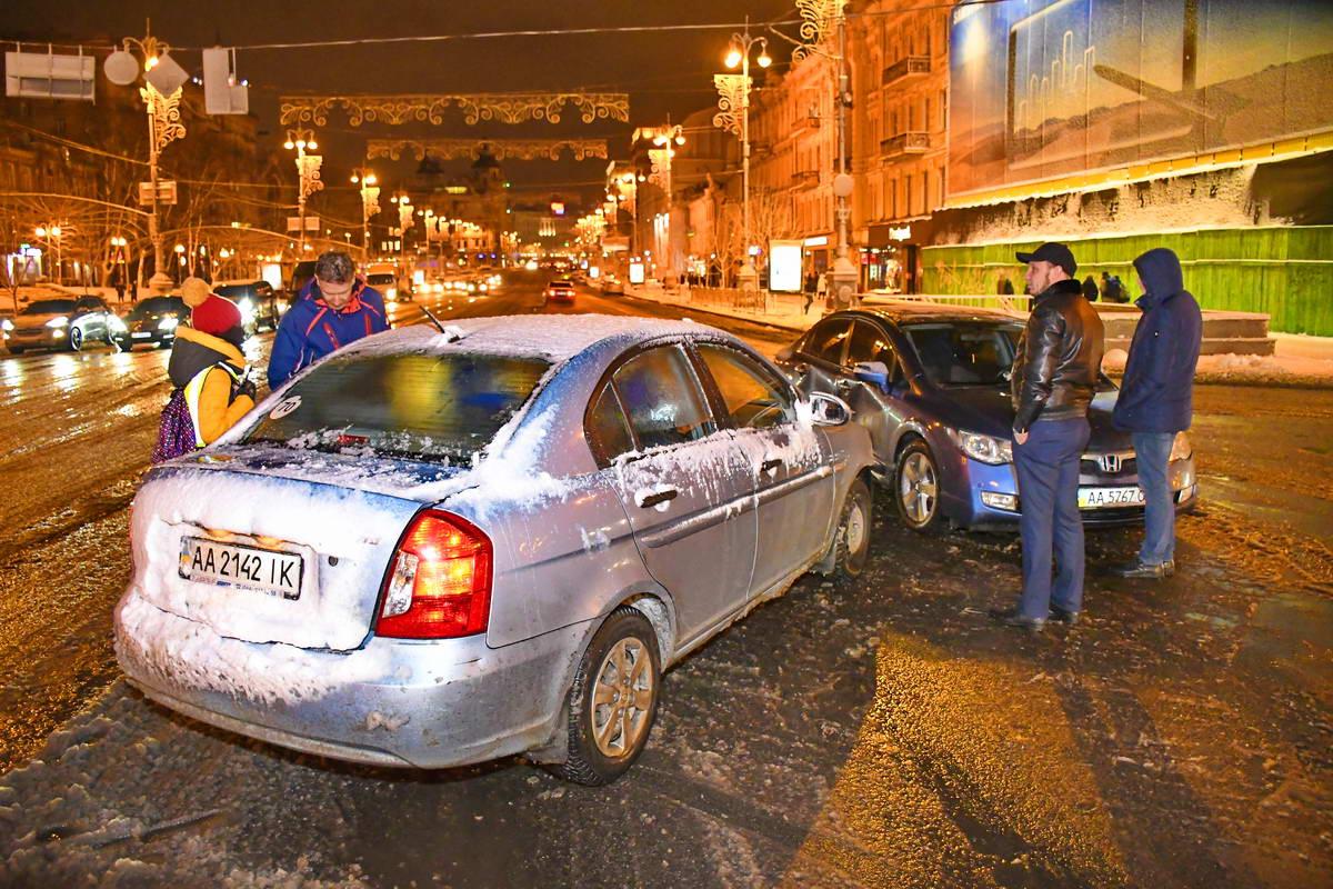 Водитель Hyundai говорит, что нарушение заметил, но столкновения не избежал