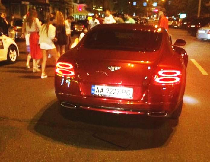 Bentley, на котором Шуфрич сбил пешехода