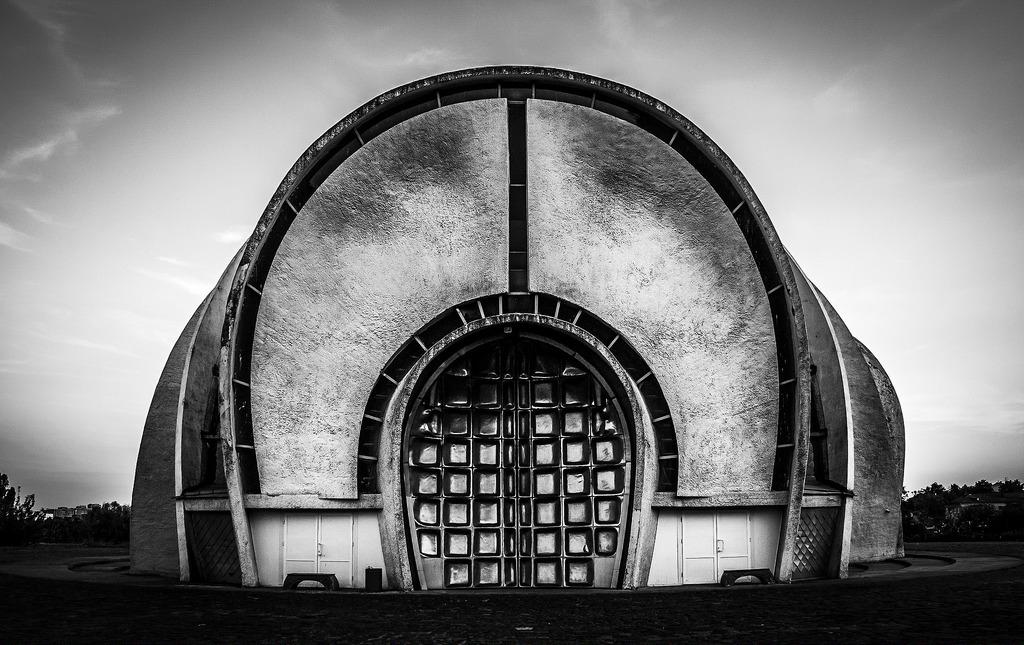 Крематорий в Киеве. Фото: oleg.krivonogov/flickr