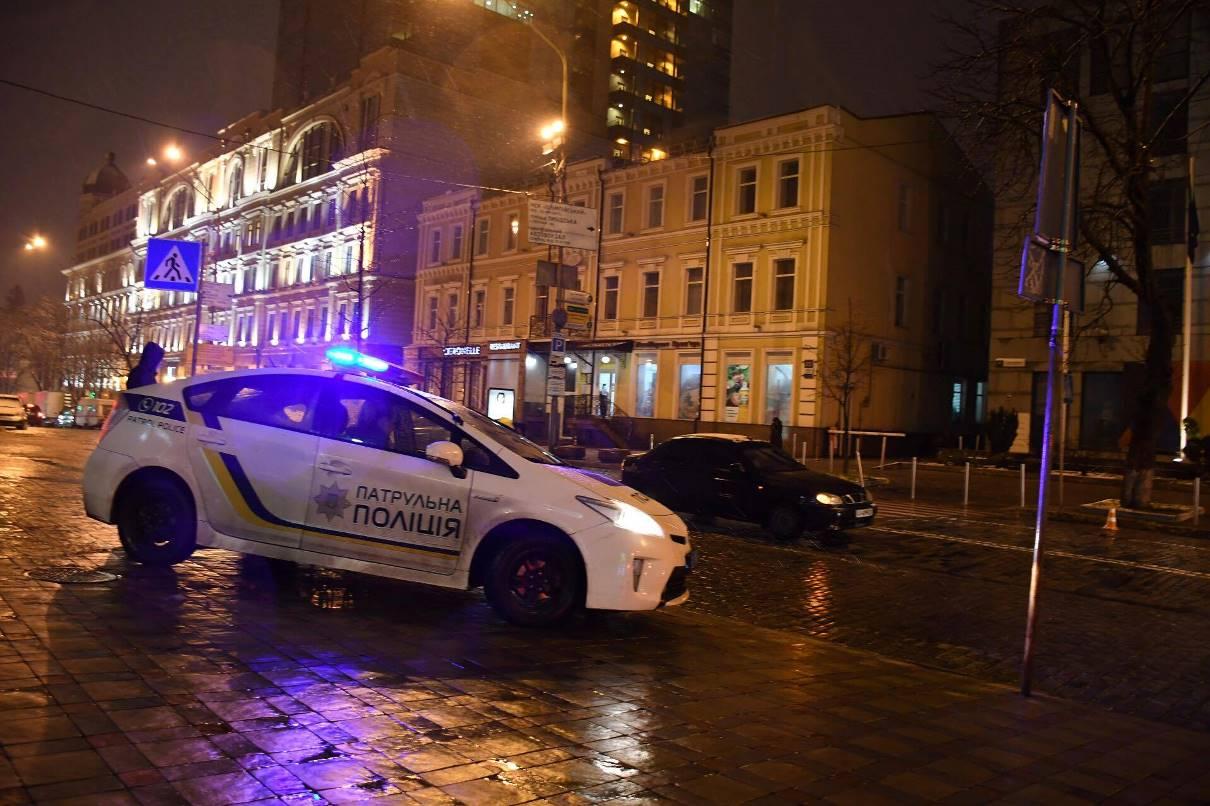 Полицейские стали невольными свидетелями аварии