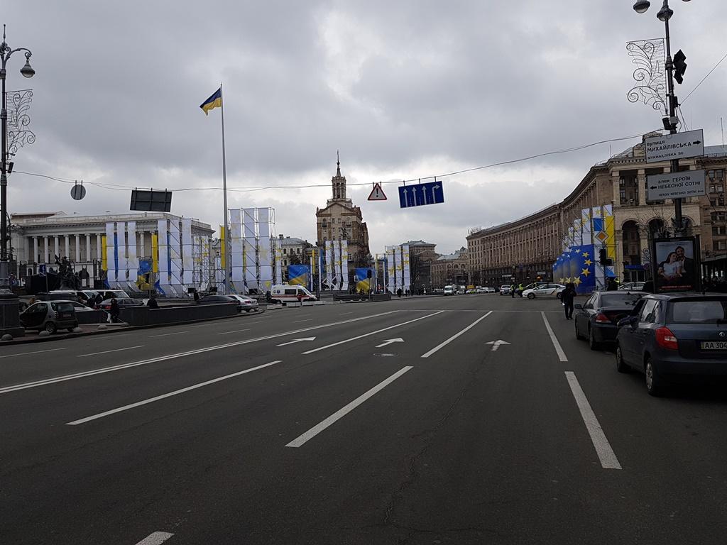На Майдане Незалежности также дежурит скорая помощь