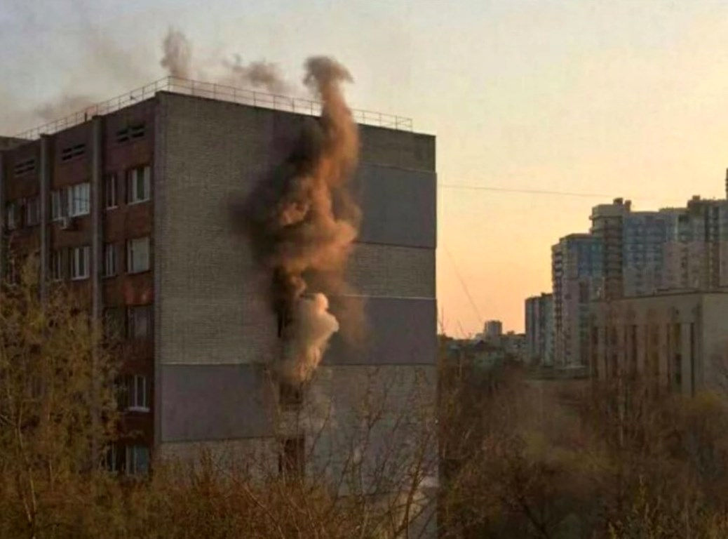 4 апреля на столичной Татарке загорелся жилой дом