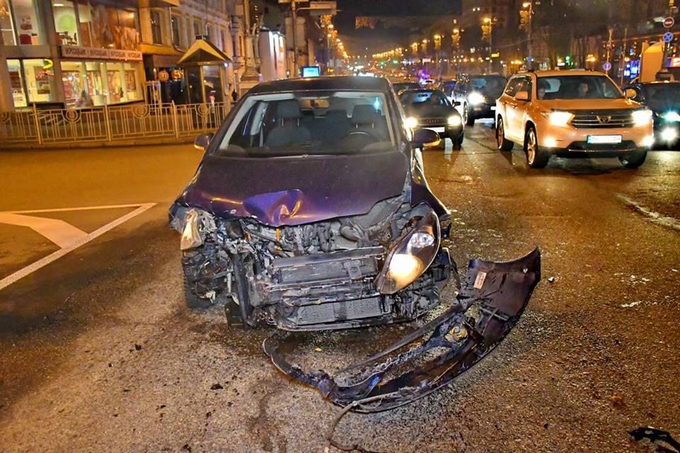 Водитель украинского Volkswagen хотел проскочить в неположенном месте
