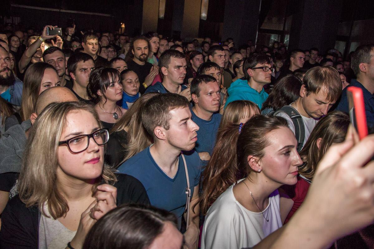 На концерте аншлаг