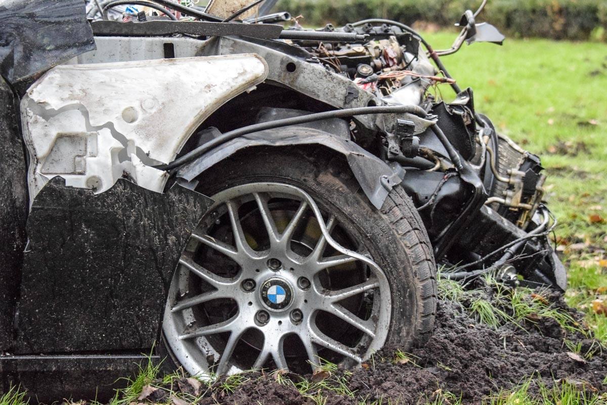 Автомобиль не успел вовремя затормозить, что и привело к столкновению