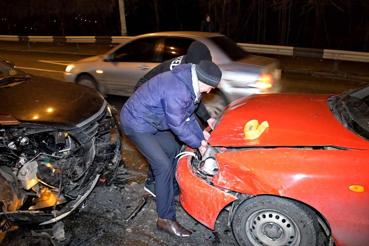 """Водители самостоятельно пытались """"привести в чувства"""" свои машины"""