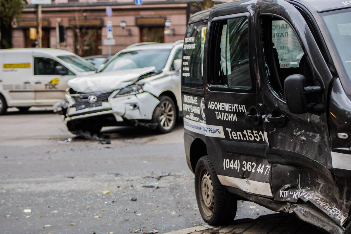 Авария произошла на пересечении бульвара Шевченко и улицы Пушкинская