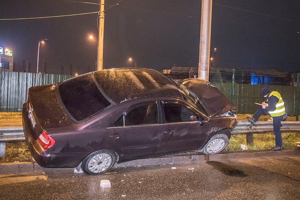 Водитель машины скрылся с места ДТП